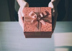 Why Puzzle Gifts Are Great Holiday Presents for Productive Employees